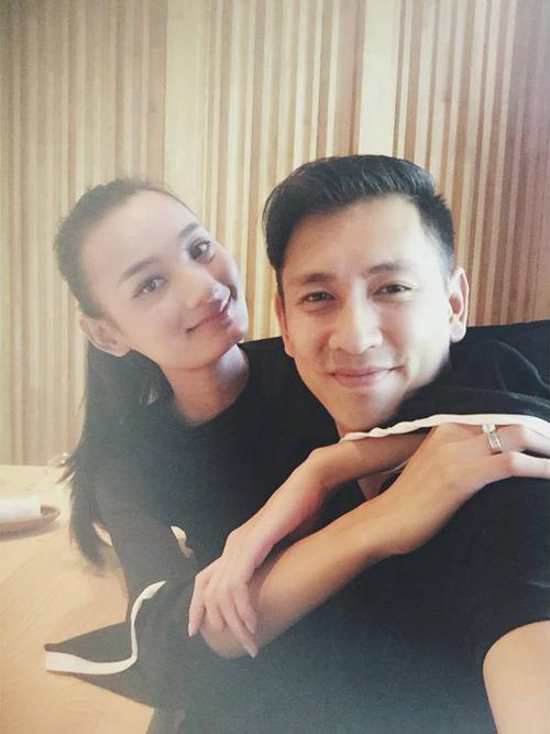 Soi nhất cử nhất động của sao Việt (23/12) - Ảnh 13.