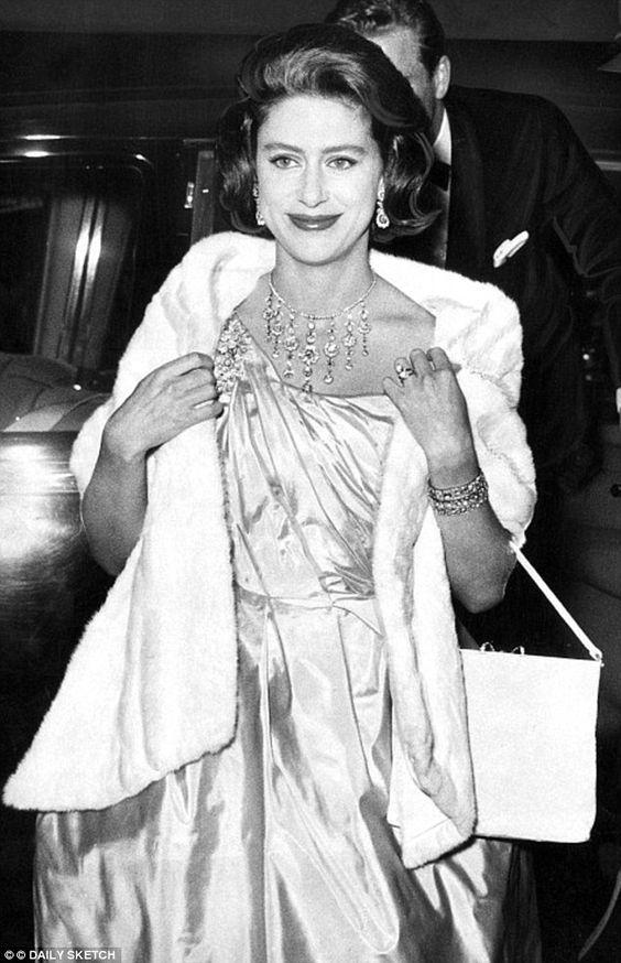 Giữa Hoàng gia Anh quyền quý, có một nàng công chúa ngỗ nghịch nhưng xinh đẹp bậc nhất như thế này đây - Ảnh 4.