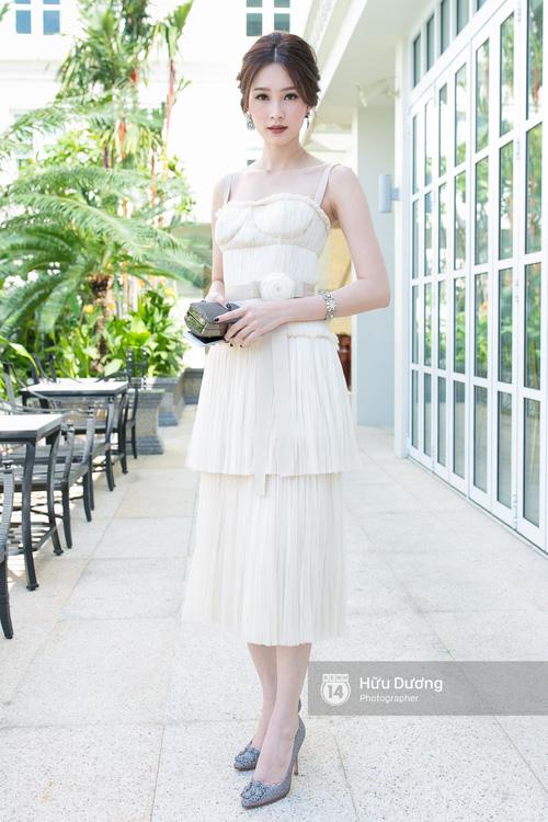 Còn mấy ngày nữa là lên xe hoa, cùng dự đoán xem Thu Thảo chọn kiểu váy cưới nào trong ngày hạnh phúc nhất - Ảnh 11.