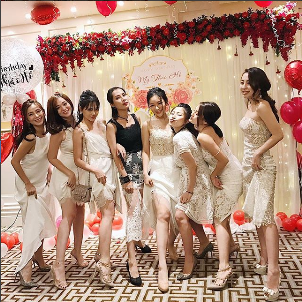 Sắp 30 đến nơi, cựu hot girl Ngọc Mon vẫn trẻ trung sành điệu, hưởng thụ cuộc sống viên mãn bên chồng kém tuổi - Ảnh 21.