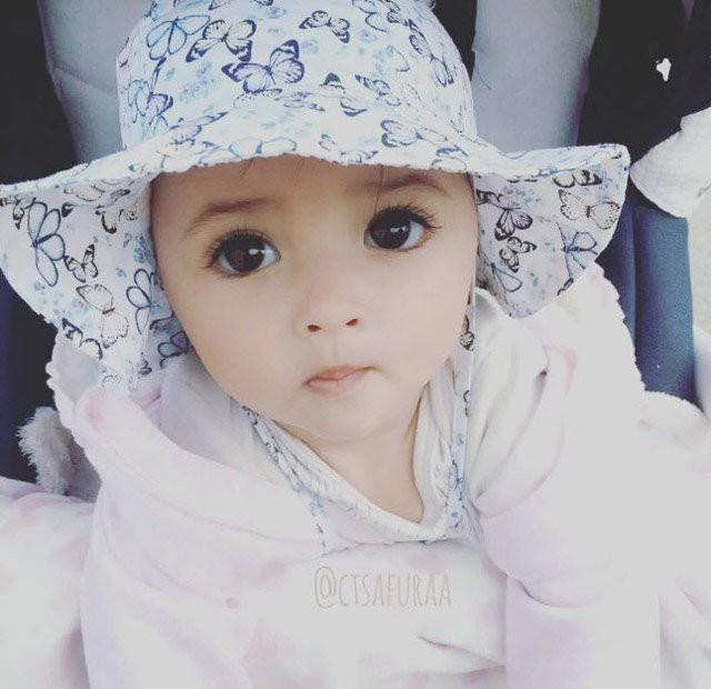 """Lại thêm 1 em bé lai có đôi mắt đẹp hút hồn khiến fan hâm mộ """"phát sốt"""" - Ảnh 7."""