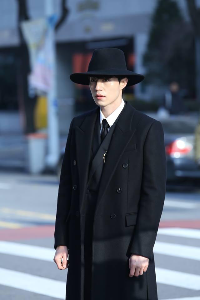 """Lee Dong Wook - chàng """"Thần Chết"""" tuổi dậu điển trai khiến chị em """"ngã quỵ"""""""
