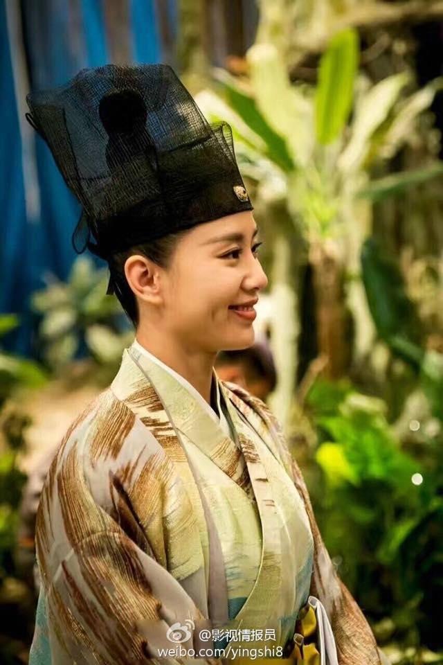 Lưu Thi Thi áo trắng thanh tao, tình tứ cầm tay mỹ nam Trần Vỹ Đình - Ảnh 7.
