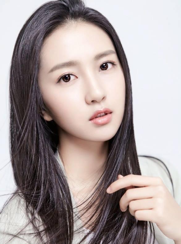 Đường Yên phủ nhận tin đồn gây sức ép để bạn trai được đóng phim cùng cô - Ảnh 8.