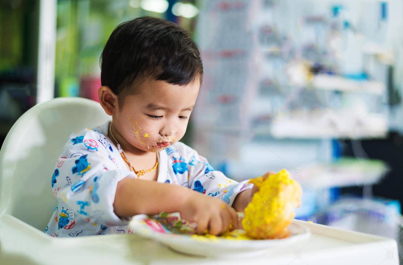 Tại sao bố mẹ nên tự làm các món ăn vặt cho bé