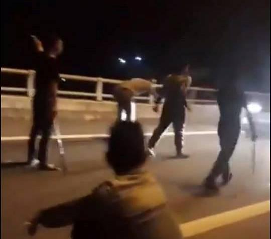 Phú Thọ: 11 thanh niên mang hung khi lên cao tốc chặn xe xin đểu người về quê nghỉ Tết - Ảnh 6.