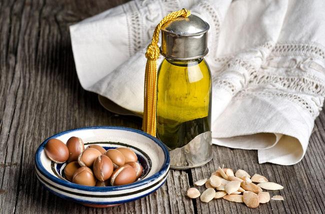 Dầu argan - vàng lỏng dưỡng da thay thế dầu dừa các nàng cần dùng ngay khi hè đến - Ảnh 1.