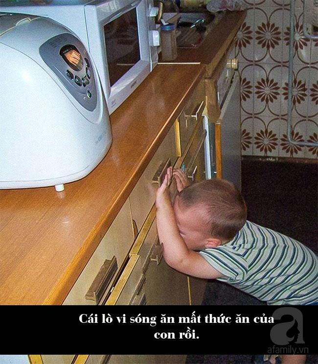 """Lý do ăn vạ kiểu """"trời ơi đất hỡi"""" của trẻ mà cha mẹ chỉ biết cười ra nước mắt - Ảnh 2."""