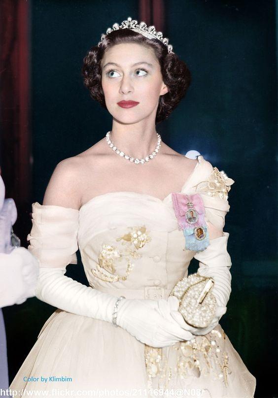 Giữa Hoàng gia Anh quyền quý, có một nàng công chúa ngỗ nghịch nhưng xinh đẹp bậc nhất như thế này đây - Ảnh 8.