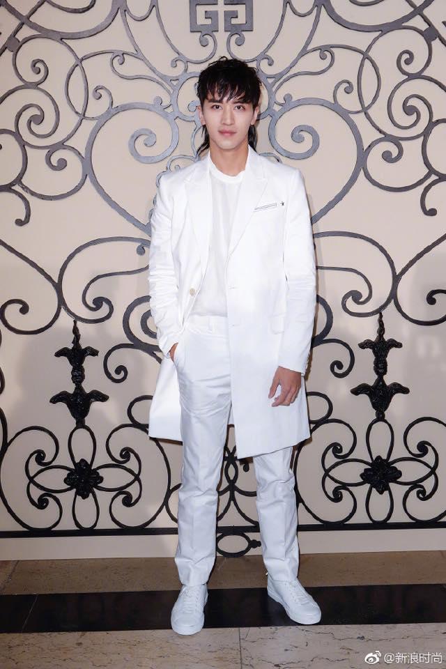 Phạm Băng Băng đẹp xuất sắc trong loạt ảnh không qua chỉnh sửa tại Paris Fashion Week - Ảnh 7.