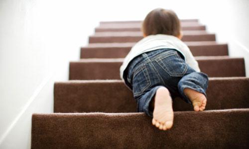 Làm cha mẹ, bài học đầu tiên là thuộc lòng 8 quy tắc an toàn cho trẻ dưới đây - Ảnh 2.