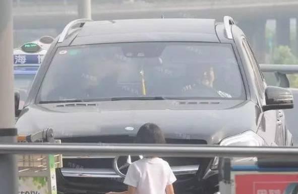 Lục Nghị mua siêu xe 13 tỷ để làm vui lòng bà xã - Ảnh 4.