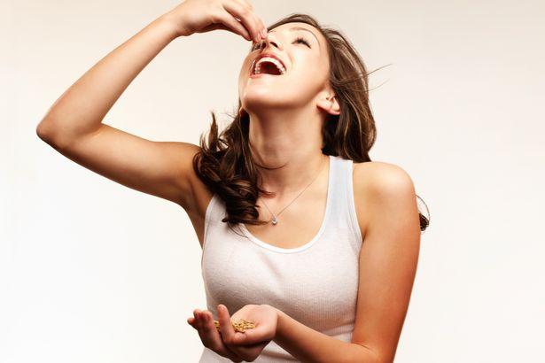 Nghiên cứu cho thấy ăn các loại hạt có thể giảm cân, việc của bạn là chỉ cần chọn loại hạt nào - Ảnh 2.