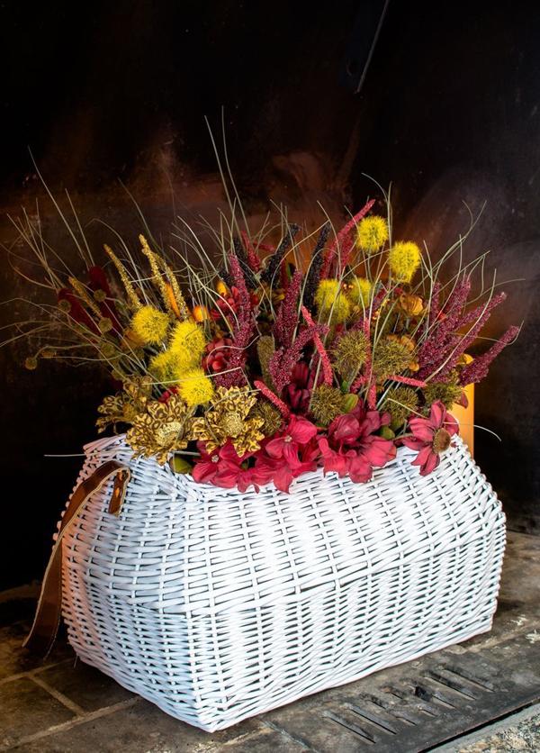 3 cách trang trí nhà đẹp xinh cùng với hoa lụa - Ảnh 9.