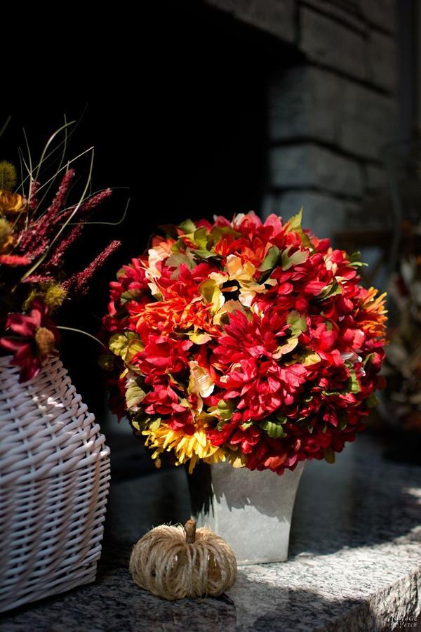 3 cách trang trí nhà đẹp xinh cùng với hoa lụa - Ảnh 6.