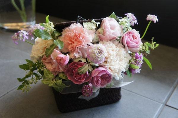 3 cách cắm hoa đơn giản đẹp xinh đón Tết - Ảnh 9.
