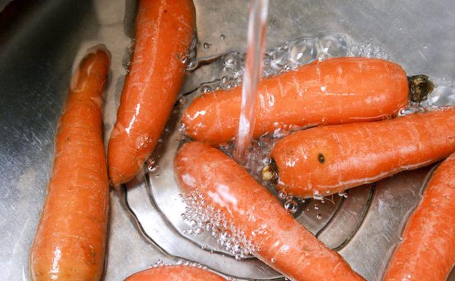 """Củ cà rốt để lâu bị mềm, yểu cũng đừng vội vứt đi, """"hồi sinh"""" bằng cách này đây - Ảnh 2."""