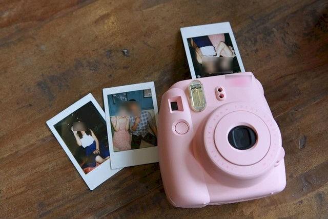 Cuối năm, hàng loạt chị em bức xúc vì đặt mua máy ảnh Hàn Quốc lại bị lừa rước về đồ chơi trẻ con - Ảnh 1.