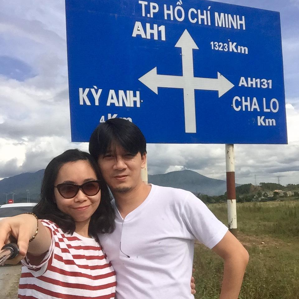 Là mẹ 2 con, công việc ngập đầu,  bạn có dám như Thảo, bất chấp tất cả lái xe 1.800km để đi chơi với chồng?