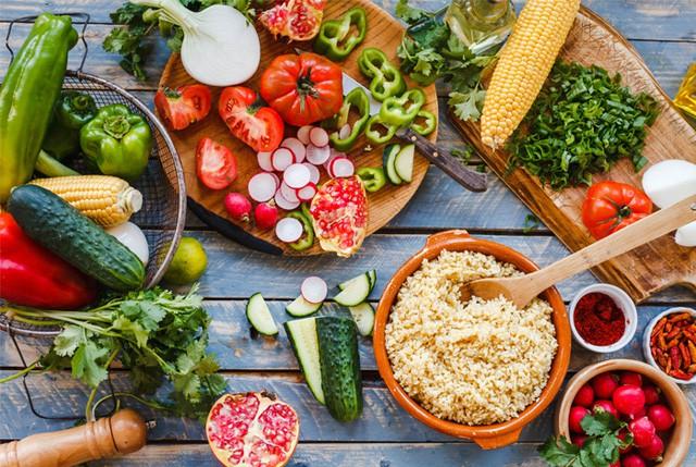 Những chế độ ăn kiêng để giảm cân được chia sẻ nhiều trên cộng đồng mạng trong năm 2017 - Ảnh 3.