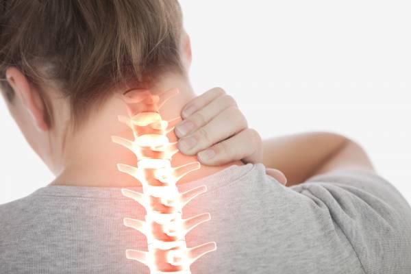 Cách đơn giản nhanh chóng loại bỏ cơn đau lưng và đau cổ mà không cần dùng thuốc - Ảnh 3.