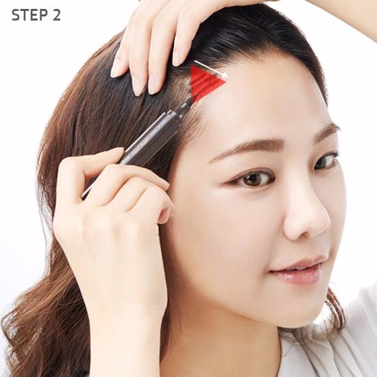 Ngạc nhiên chưa, phấn trang điểm cũng có thể khiến tóc mỏng lộ da đầu trông dày lên tức thì - Ảnh 7.