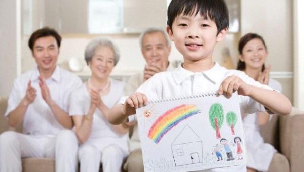 7 lỗi dạy dỗ của cha mẹ ngăn cản con cái thành công sau này - Ảnh 2.