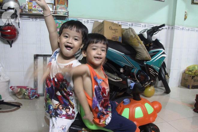 Cuộc sống tất bật, xoay như chong chóng của mẹ trẻ Sài Gòn sinh 1 lần được hẳn 5 con, nếp tẻ đủ cả - Ảnh 7.