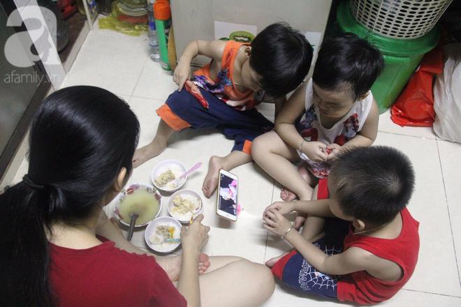 Cuộc sống tất bật, xoay như chong chóng của mẹ trẻ Sài Gòn sinh 1 lần được hẳn 5 con, nếp tẻ đủ cả - Ảnh 3.