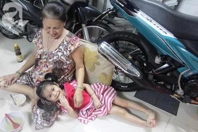 Cuộc sống tất bật, xoay như chong chóng của mẹ trẻ Sài Gòn sinh 1 lần được hẳn 5 con, nếp tẻ đủ cả - Ảnh 16.