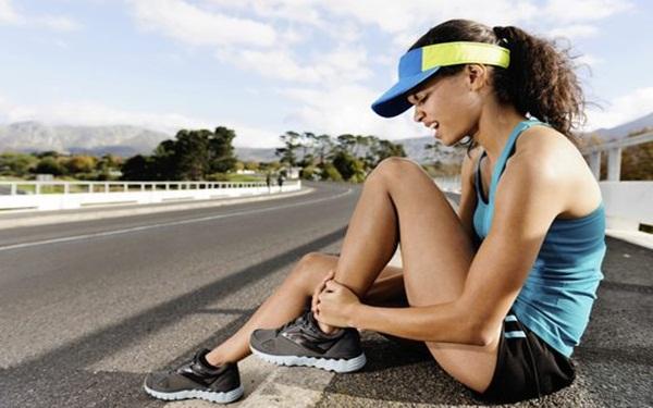 5 chấn thương hay gặp trong khi tập thể dục, thể thao và cách phòng tránh - Ảnh 1.