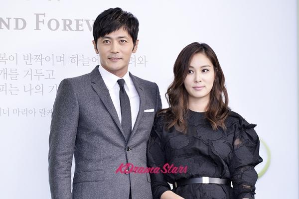 Phía sau cuộc sống hôn nhân của các cặp đôi sao hot nhất xứ Hàn - Ảnh 3.