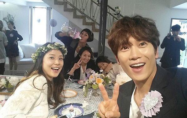 Phía sau cuộc sống hôn nhân của các cặp đôi sao hot nhất xứ Hàn - Ảnh 5.