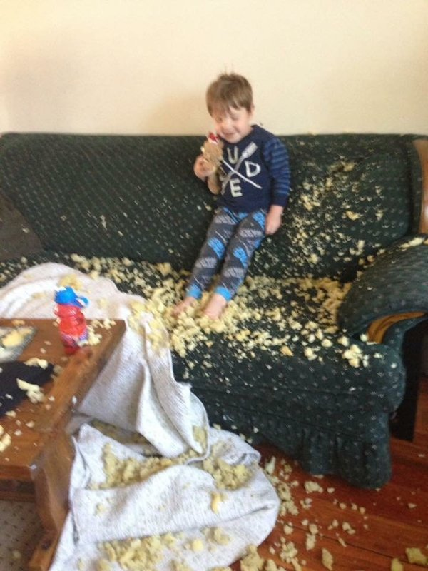 Chỉ vài phút lơ là trông con, bố mẹ sẽ phải khóc thét khi lĩnh hậu quả - Ảnh 13.