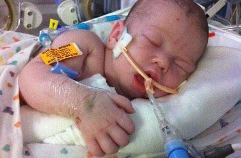 Vì một sai lầm khi cho con bú, người mẹ này đã vĩnh viễn mất đi đứa con yêu  - Ảnh 4.