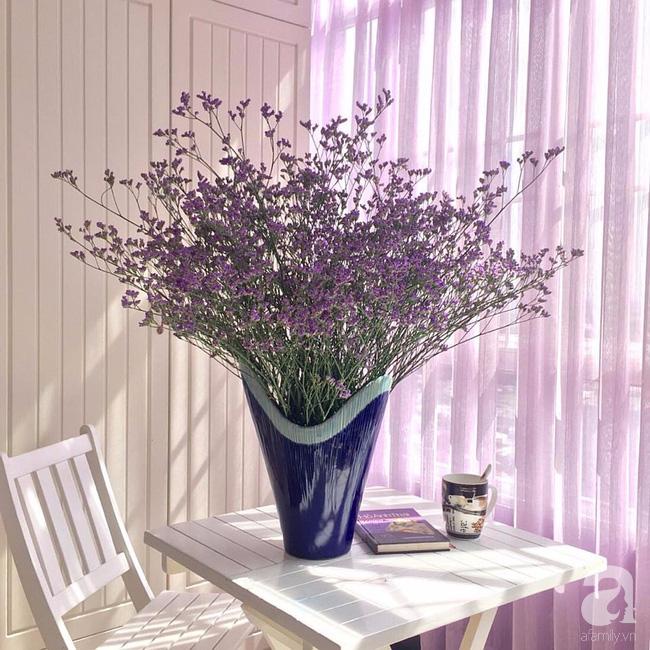 Ghé thăm căn hộ đẹp bình yên, trong trẻo đến lạ thường của người phụ nữ yêu hoa ở TP HCM - Ảnh 7.