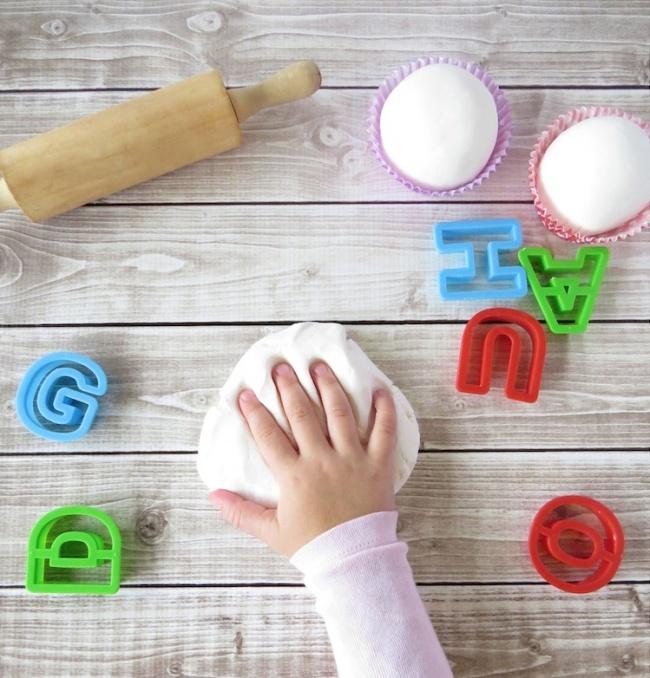 Mùa hè đến rồi, có cả kho trò chơi trong nhà cho bé thỏa sức sáng tạo - Ảnh 2.