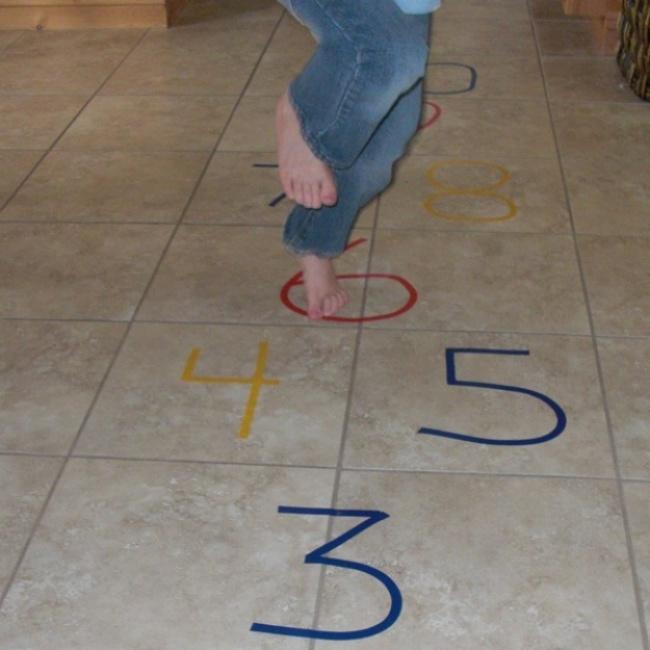 Mùa hè đến rồi, có cả kho trò chơi trong nhà cho bé thỏa sức sáng tạo - Ảnh 14.