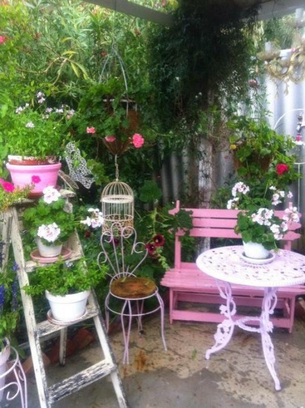 Làm đẹp sân vườn theo phong cách đồng quê nước Pháp siêu lãng mạn - Ảnh 2.