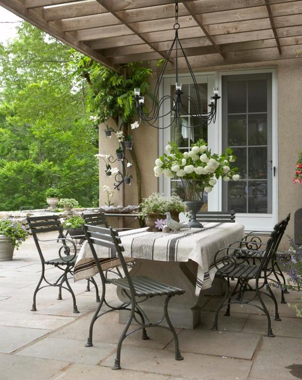 Làm đẹp sân vườn theo phong cách đồng quê nước Pháp siêu lãng mạn - Ảnh 10.