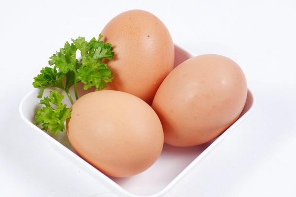 Cho trẻ ăn 1 quả trứng mỗi ngày và điều bất ngờ sẽ xảy ra - Ảnh 2.