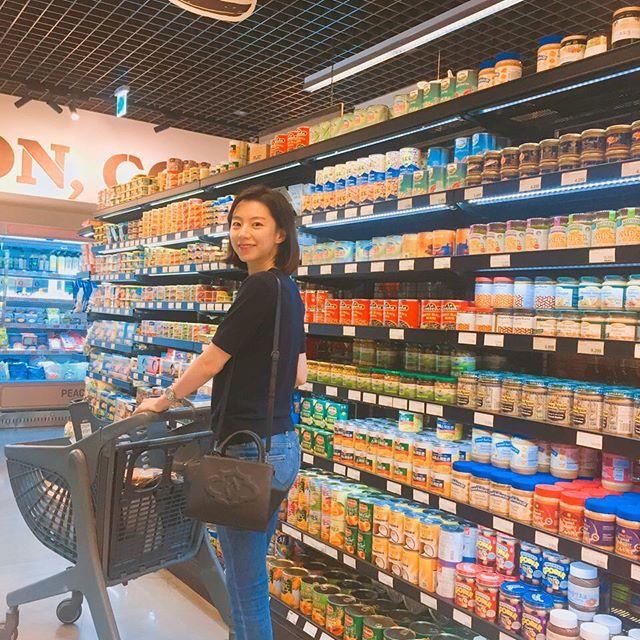 """Cuộc sống đúng chất """"tận hưởng"""" của bà xã Bae Yong Joon trong biệt thự triệu đô - Ảnh 13."""