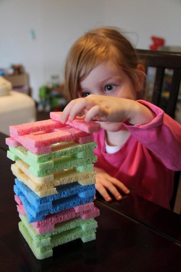 25 trò chơi tại nhà không tốn một xu mà vui nổ trời cho trẻ tận hưởng trong dịp nghỉ hè - Ảnh 9.