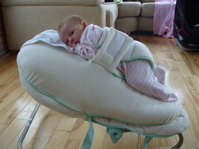 Chiếc ghế nín khóc - Bảo bối cho các mẹ đang nuôi con nhỏ mà chẳng có ai đỡ đần - Ảnh 2.