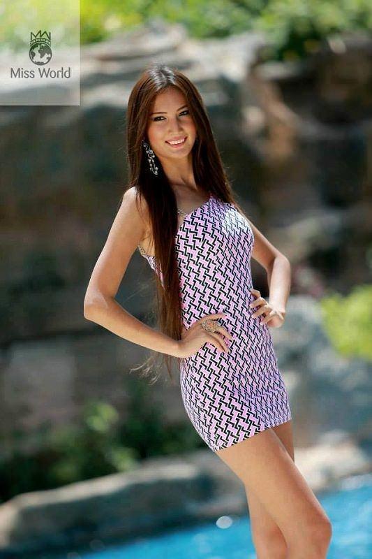 Hoa hậu 22 tuổi qua đời vì ung thư để lại con thơ mới 8 tháng tuổi - Ảnh 1.