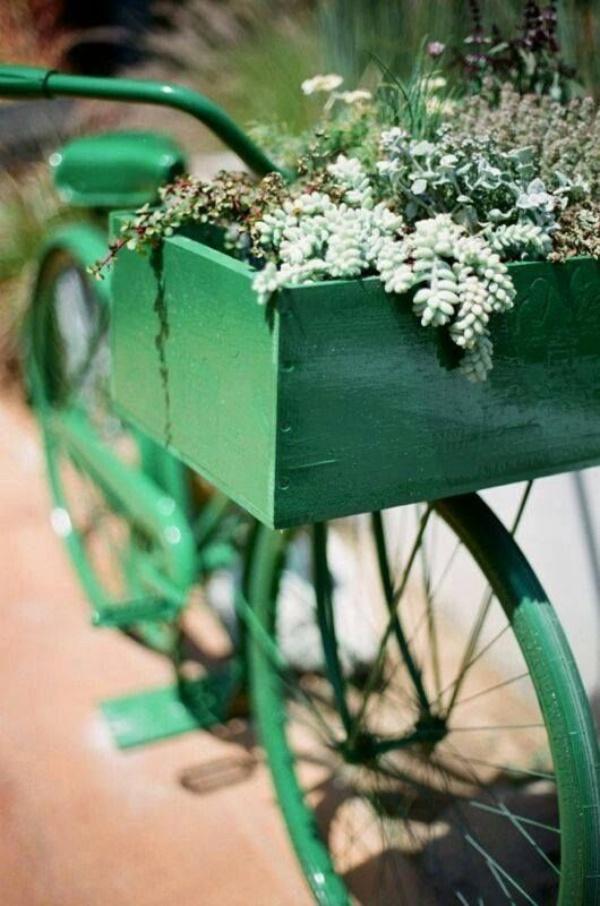 Những ý tưởng trang trí vườn tuyệt hay với xe đạp cũ bạn sẽ rất tiếc nếu biết quá muộn - Ảnh 7.