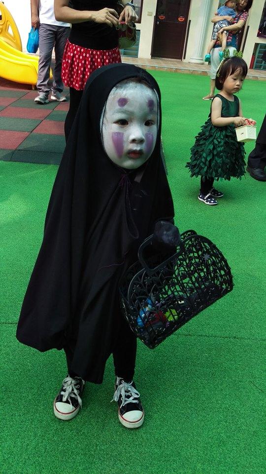"""""""Con ma Vô Diện"""" Halloween năm ngoái nay đã thăng cấp thành Thần chết lại gây sốt mạng xã hội - Ảnh 1."""