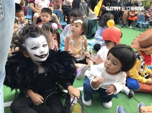 """""""Con ma Vô Diện"""" Halloween năm ngoái nay đã thăng cấp thành Thần chết lại gây sốt mạng xã hội - Ảnh 5."""