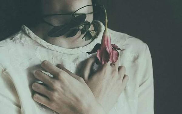 """Phụ nữ vì yêu mà """"phản bội"""" bản thân: Sẽ chỉ rước lấy khổ dại trăm lần! - Ảnh 2."""