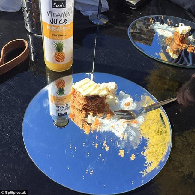 """Những đĩa đựng thức ăn """"sai quá sai"""" của các nhà hàng khiến thực khách chỉ biết câm nín - Ảnh 16."""